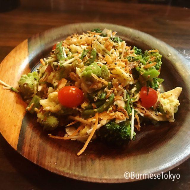 びるまの竪琴の野菜のサラダ(ペディトゥ)700円