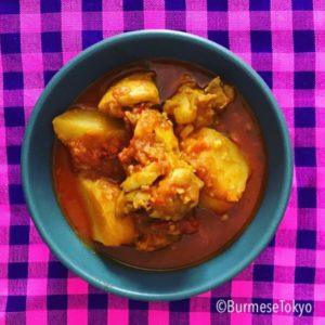 ミャンマーチキンカレー(チェッターヒン )