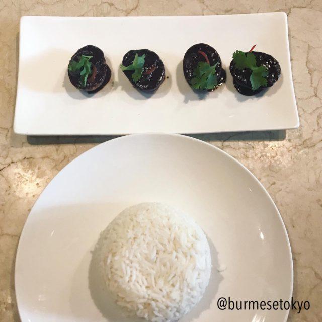 Burma Bistroのアヒルとポンイエィジーのカレー