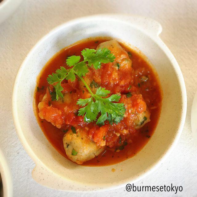 Shwe Sa Bweの魚のすり身のカレー