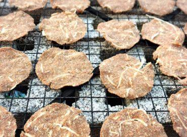 ミャンマーの納豆作り