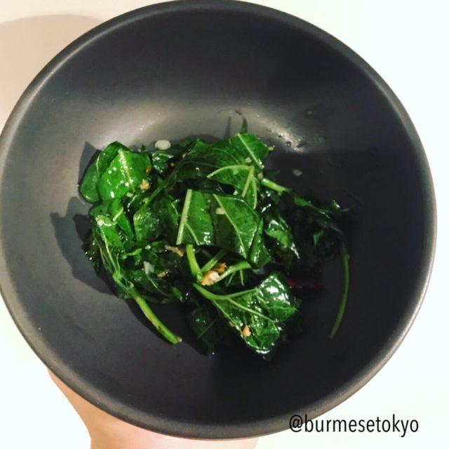 ゴーラカーユェ(はやとうりの葉)の炒め物