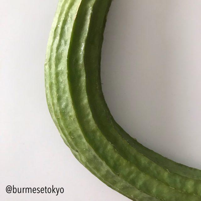 ミャンマー野菜:トカドヘチマ