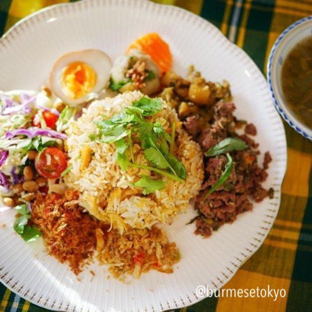 カチン族伝統料理プレート