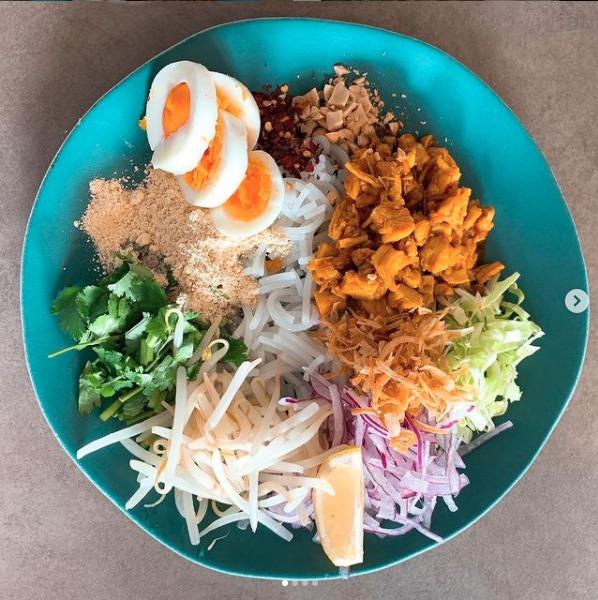 ラペ子のミャンマー料理教室参加者の出来上がり写真