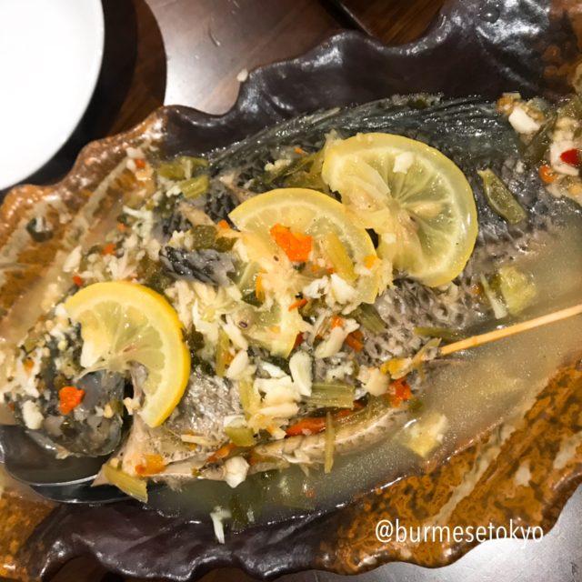 ミャンマー料理店 さくらS9のお料理 魚のレモン蒸し